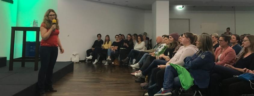 Nora Imlau spricht in Köln über gefühlsstarke Kinder