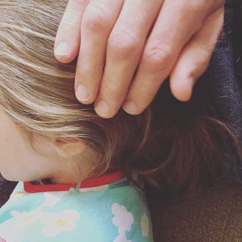 Kind beruhigen bei Wutanfall -Gefühlsstark