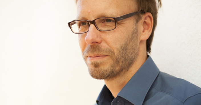 Porträt: Christopher End. Blogpost: Wutanfälle und Kleinigkeiten